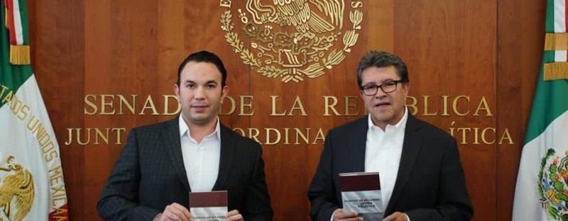 Faruk M. Take y Ricardo Monreal